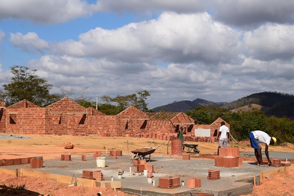 Obras do Conjunto Habitacional de Conceição